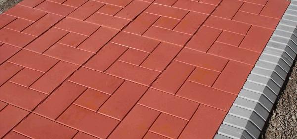 Основные рекомендации по укладке полимерпесчаной плитки и бордюра